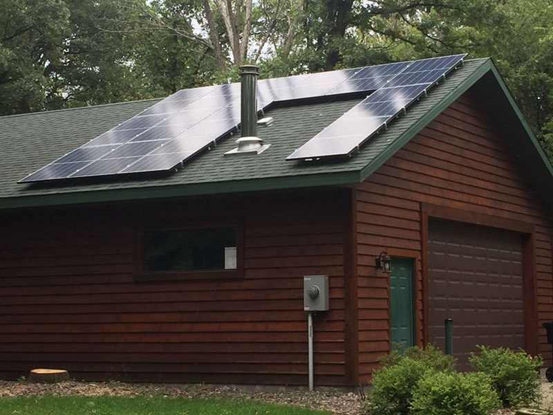 3.9 kW solar array garage - Elk River, MN